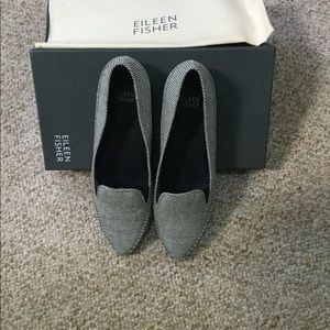 Eileen Fisher Sample cloth stripped Shoes- 7M